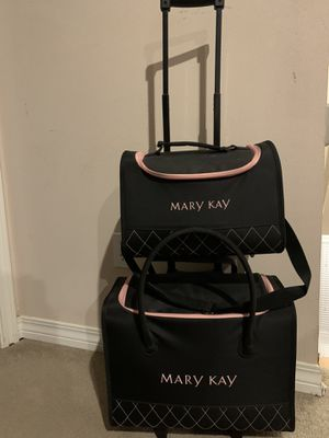 Mary Kay Rolling Tote Set for Sale in Milton, FL