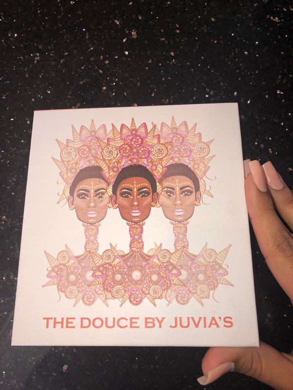 The Douce by Juvia's eyeshadow palette