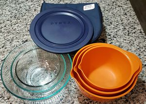 Pyrex Glass Mixing Bowls etc... for Sale in Orlando, FL