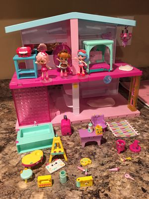 Shopkins Happy Places Mansion for Sale in White Lake charter Township, MI