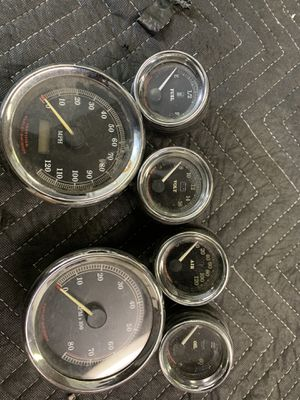 2002-05 Harley Davidson gauges for Sale in Chicago, IL
