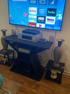 55in TCL Roku Smart tv for Sale in Charlotte, NC