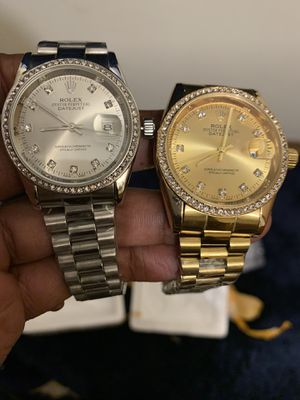 Men's watches for Sale in Chicago, IL