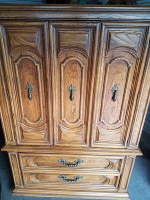 Highboy Dresser for Sale in Martinez, CA