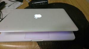MacBook 13 inch mid 2010 for Sale in Atlanta, GA