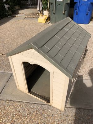 Dog House for Sale in Arcadia, CA
