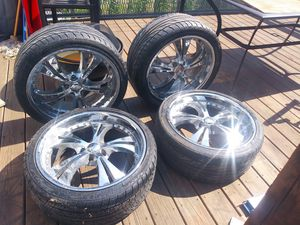 20in Chrome Rims with Tires for Sale in Brooklyn, NY