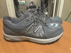 Women's leather new balance size 8.5 crosstrainers for Sale in Nashville, TN