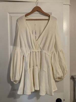 Hello Molly Off-white sweater dress for Sale in Riverside, CA