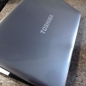 SILVER TOSHIBA LAPTOP***IN GREAT CONDITION for Sale in Riverside, CA