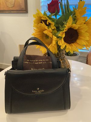 Kate Spade leather crossbody for Sale in Houston, TX