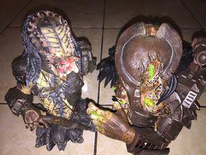 Predator 2 predator elder poly stone limited edition collectible statue for Sale in Linden, NJ