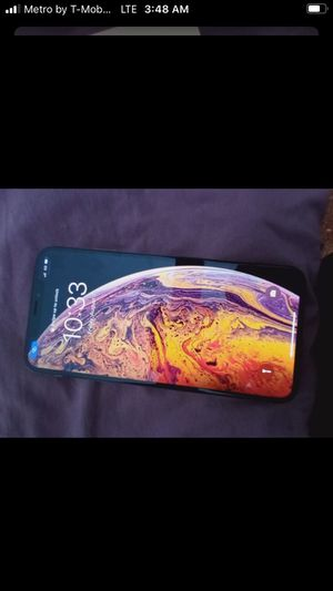 iPhone XR max for Sale in Bloomfield Hills, MI