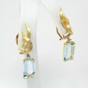 18k gold aquamarine diamond earrings #10120 for Sale in Queens, NY