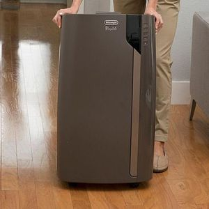 De'Longhi Pinguino 700 sq ft 4 in 1 All Season Use: Air Conditioner, Heater for Sale in Arcadia, CA