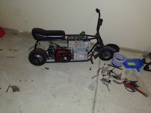 1 complete mini bike and frame and motor for Sale in Detroit, MI