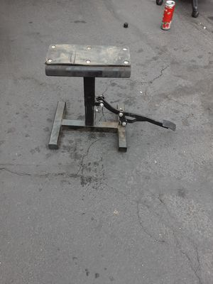 Dirt bike stand for Sale in Brighton, CO