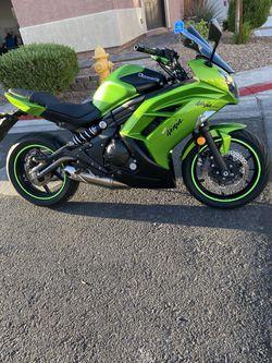2012 Kawasaki ninja 650cc for Sale in Las Vegas, NV