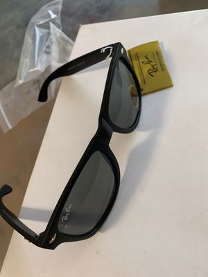 Ray-Ban sunglasses for Sale in Clovis, CA