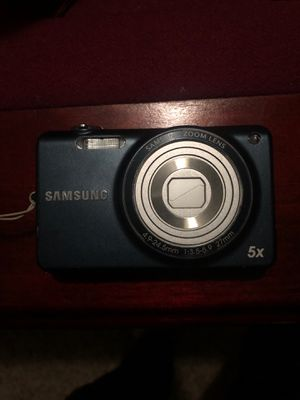 Samsung ST65 digital camera with 5x zoom , 14.2 MegaPixels for Sale in Fresno, CA