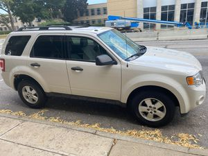 Ford Escape 2010 for Sale in Cleveland, OH