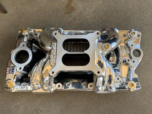 Small block Chevy Edelbrock intake manifold rpm air gap for Sale in Downey, CA
