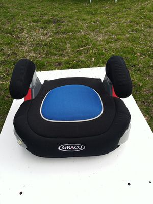 Graco booster car seat for Sale in Pawtucket, RI