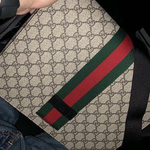 Gucci Messenger Bag for Sale in Oceanside, CA