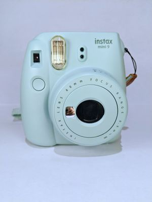 Fujifilm Instax Mini 9 + Fujifilm Instant Film (20 pack) for Sale in Irvine, CA