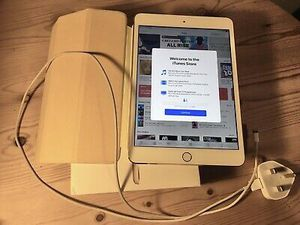 Apple iPad MINI 2, WiFi with Excellent Condition for Sale in Springfield, VA