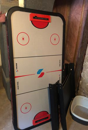 Air hockey table for Sale in Cranston, RI
