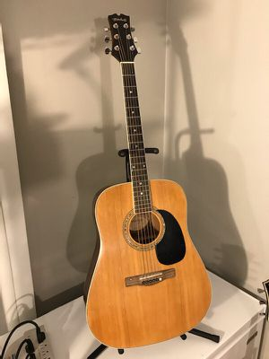 Mitchell Acoustic Guitar for Sale in Las Vegas, NV