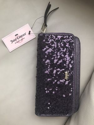 Juicy Couture Purple Wallet for Sale in Pembroke Pines, FL