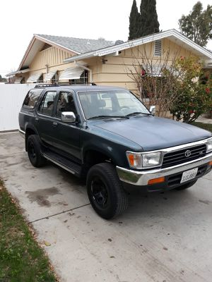 1994 Toyota regular 4 runner automatic V6 engine for Sale in ROWLAND HGHTS, CA