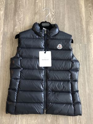 NWT new Lady's Moncler Ghany Puffer Vest Water Resistant for Sale in Rockville, MD