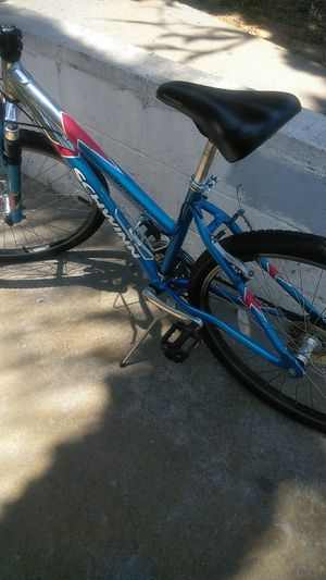 Schwinn girl bike good condition for Sale in San Diego, CA