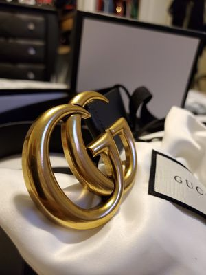 Gucci leather belt for Sale in Los Angeles, CA