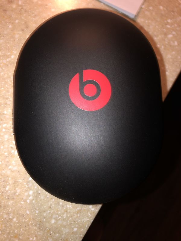 Beats by Dre wireless Studio 3