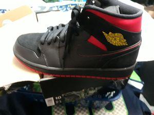 Retro Jordan's mid 1's size 10 for Sale in Burlington, WA