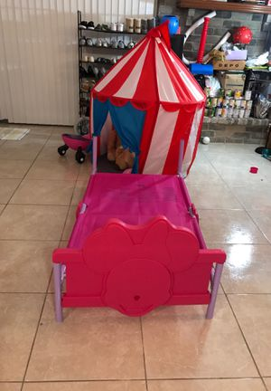 Delta bed , kid tent , little tikes for Sale in Houston, TX