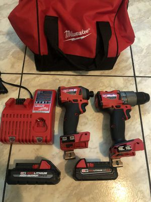 New Milwaukee fuel brushless XR hammer drill set with 2.0 battery and 3.0 battery and charger and carrying case $260 for Sale in Sunrise, FL