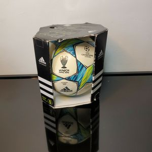 Collectable 2012 Munich Final UEFA Champions League FIFA Soccer Matchball in Original Box for Sale in York, PA