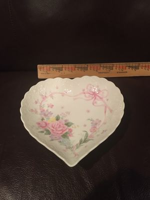 Mikasa Rose & Ribbons Porcelain Heart Dish for Sale in Wichita, KS
