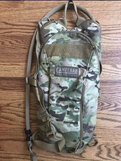 Like-New Camelback, Like-New Hiking Daypack, Used Jansport Backpack for Sale in Maple Valley,  WA