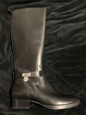 Michael Kors Boots for Sale in Pomona, CA