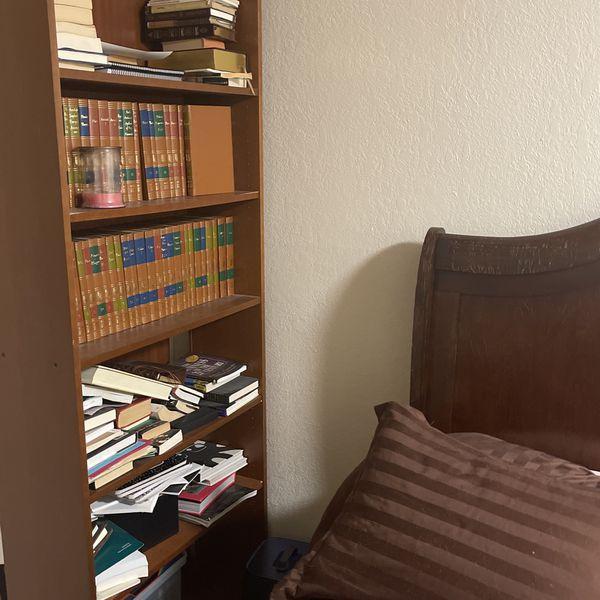Free Bookshelves