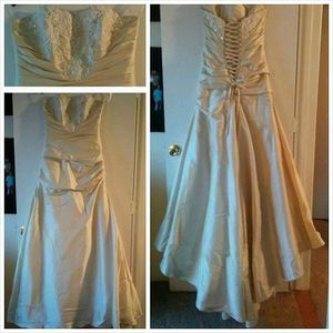 Champagne Wedding Dress for Sale in Peoria, IL