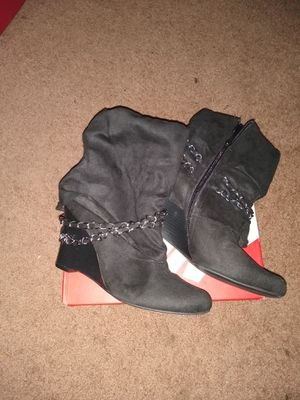 Women's boots size 10 for Sale in Akron, OH