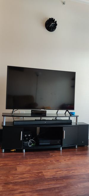 Moving out sale... Tv,dining table, etc for Sale in Irving, TX