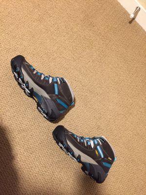 Keen W 8.5 Hiking Boots (Targhee II Waterproof Mid) for Sale in Seattle, WA